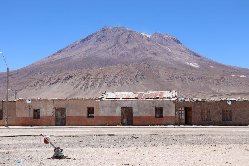 Ascenso por la historia del volcán Ollagüe