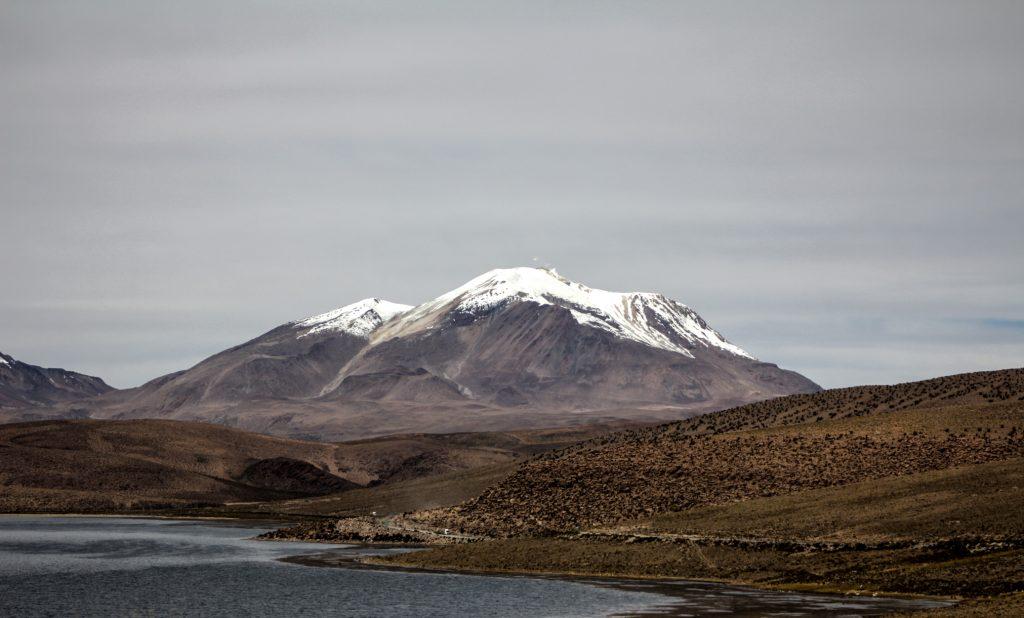 Investigadores nortinos elaboran el primer mapa de riesgo volcánico en Chile
