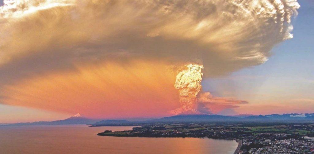 """6 años de la megaerupción del Calbuco: """"Necesitamos con urgencia un mapa de riesgo volcánico para esta zona"""""""