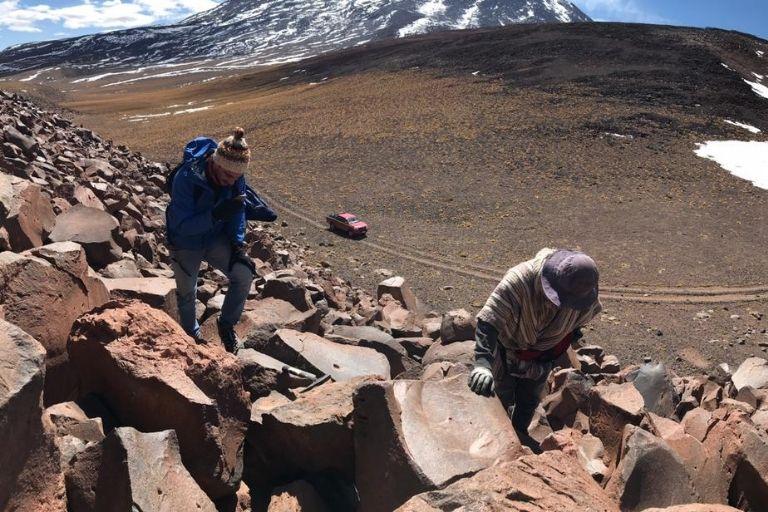 Investigadores de Ckelar Volcanes UCN iniciaron estudios para creación de un mapa geológico del volcán Licancabur